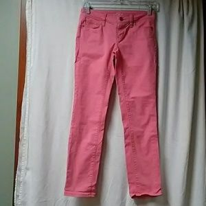Salmon color straight jeans